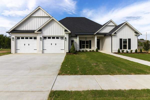 Stunning home in west Conway offers special touches throughout