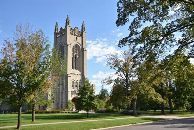 Northfield,,Minnesota,,Usa,-,September,18,2016:exterior,View,Of,Skinner,Memorial