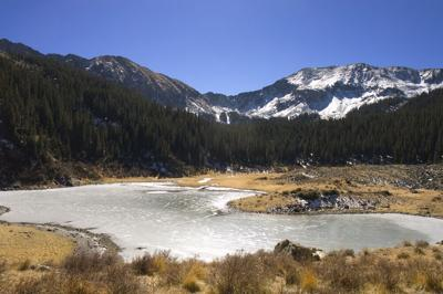 Williams,Lake,,A,Frozen,Mountain,Lake,In,New,Mexico,At