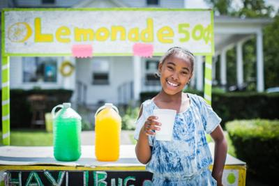 Hayli Martenez lemonade stand