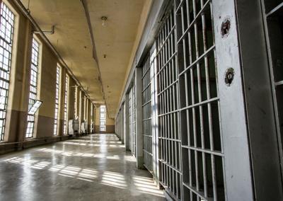 Prison-file