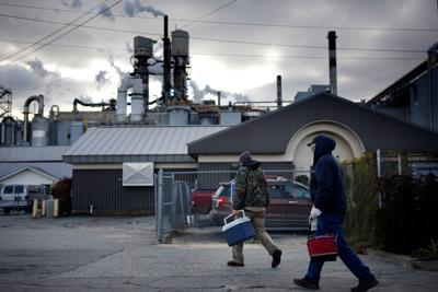 FILE - ME Verso paper mill workers 10-25-2018