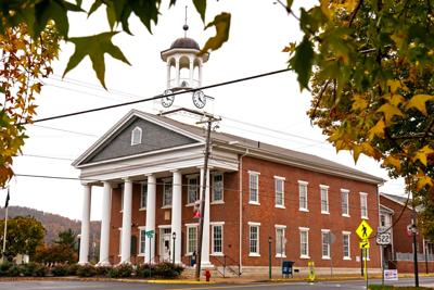 FILE - PA Fulton County Courthoise 10-20-2020