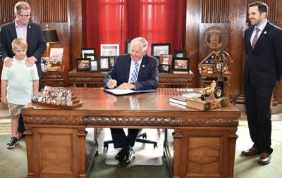 Missouri Gov. Mike Parson signs bill creating school choice scholarship program