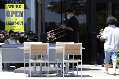 FILE - outdoor dining, Illinois, restaurant, Virus Outbreak Illinois