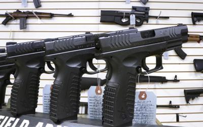FILE - guns, Illinois