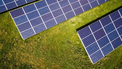 County leases 800 acres to solar developer