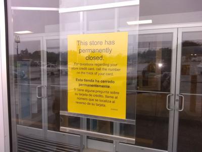 Shopping center seeks new tenant