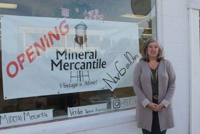 New antique business opens in Mineral