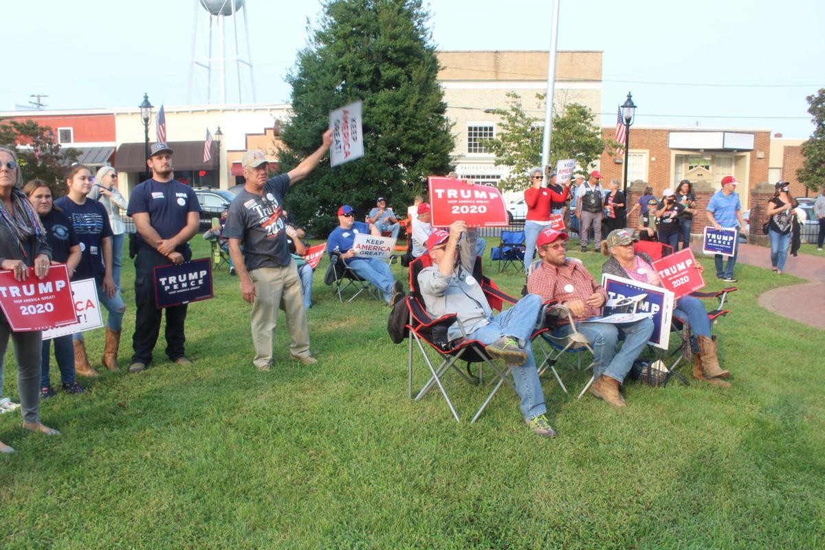 Trump rally attracts big crowd