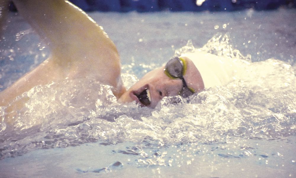 Swimmers set new school records to close out season