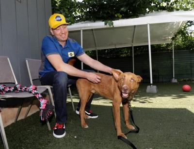 Kyle Busch visits Humane Society of Charlotte