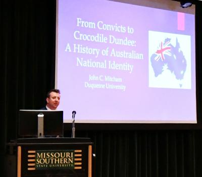 Lecture dissects Australian national identity