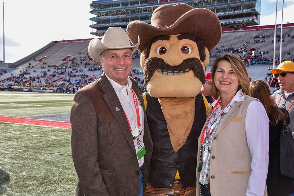 Governor Gordon, First Lady Jennie Gordon, and Cowboy Joe