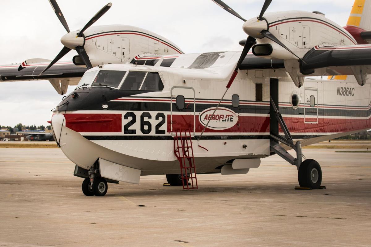 Firefighting plane aircraft