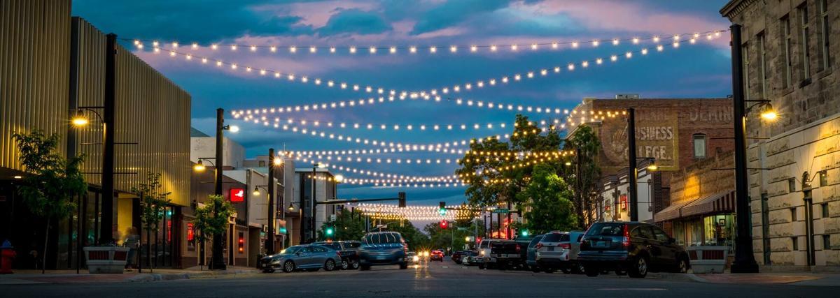 17th Street lights