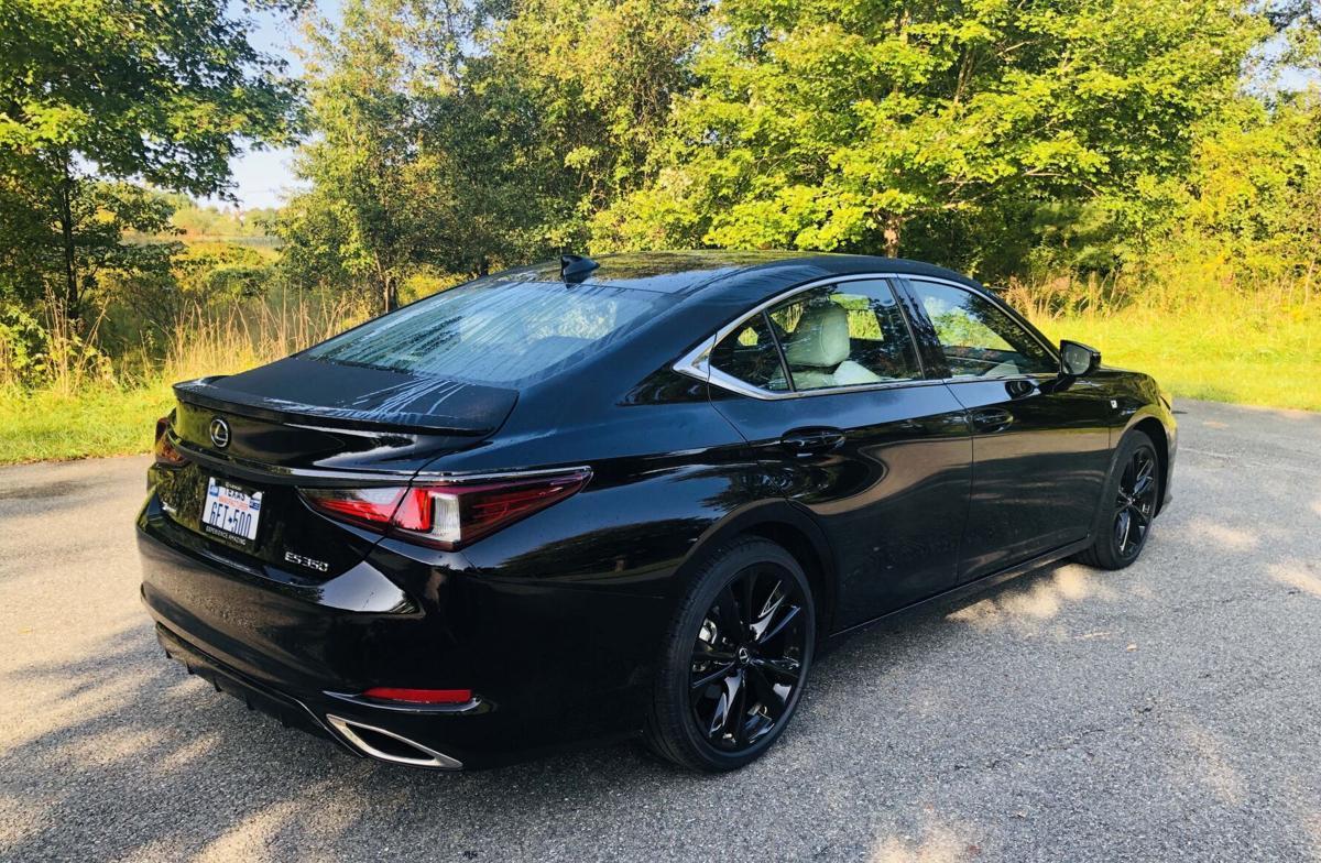 2021_Lexus_ES_350_F_Sport_Black_Edition 1.jpg