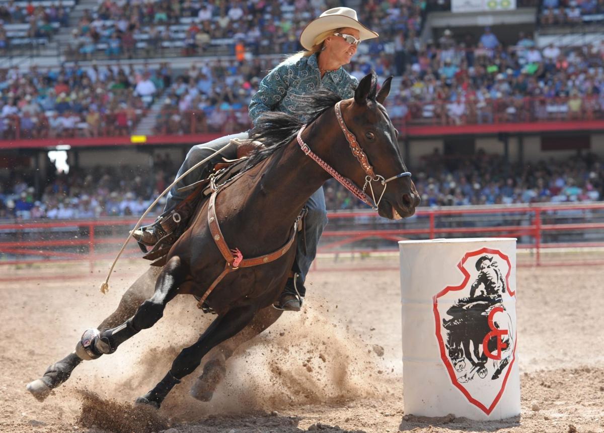 Barrel Racing - Cheyenne Frontier Days - July 19, 2019