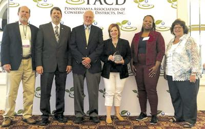 Oberlander earns conservation leadership award