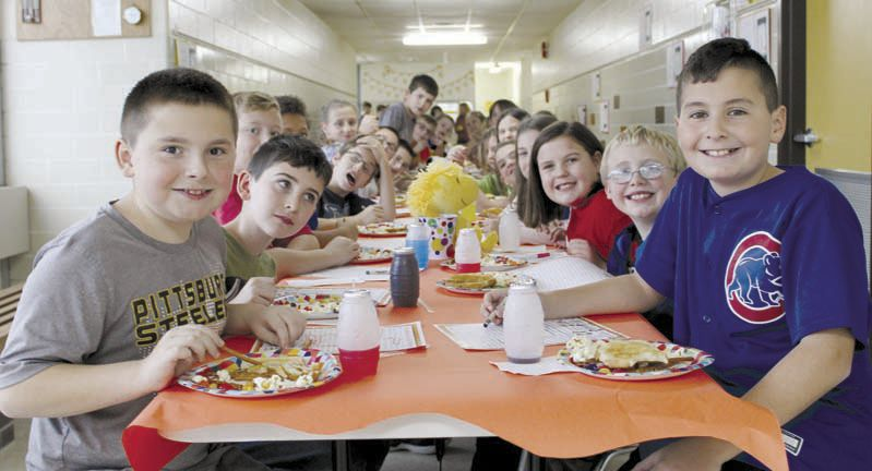 Keystone students enjoy a Charlie Brown Thanksgiving