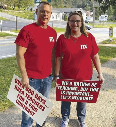 Redbank teachers take to the picket line