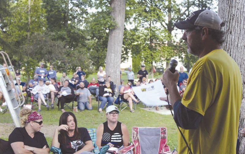 'My Kid, My Choice' rally draws hundreds
