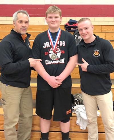Champluvier claims title at junior high districts