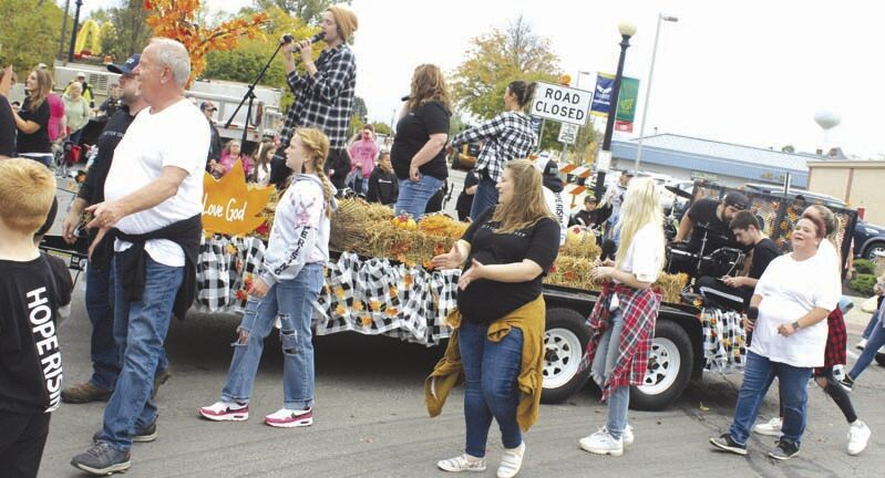 Scenes from the 2021 Autumn Leaf Festival parade