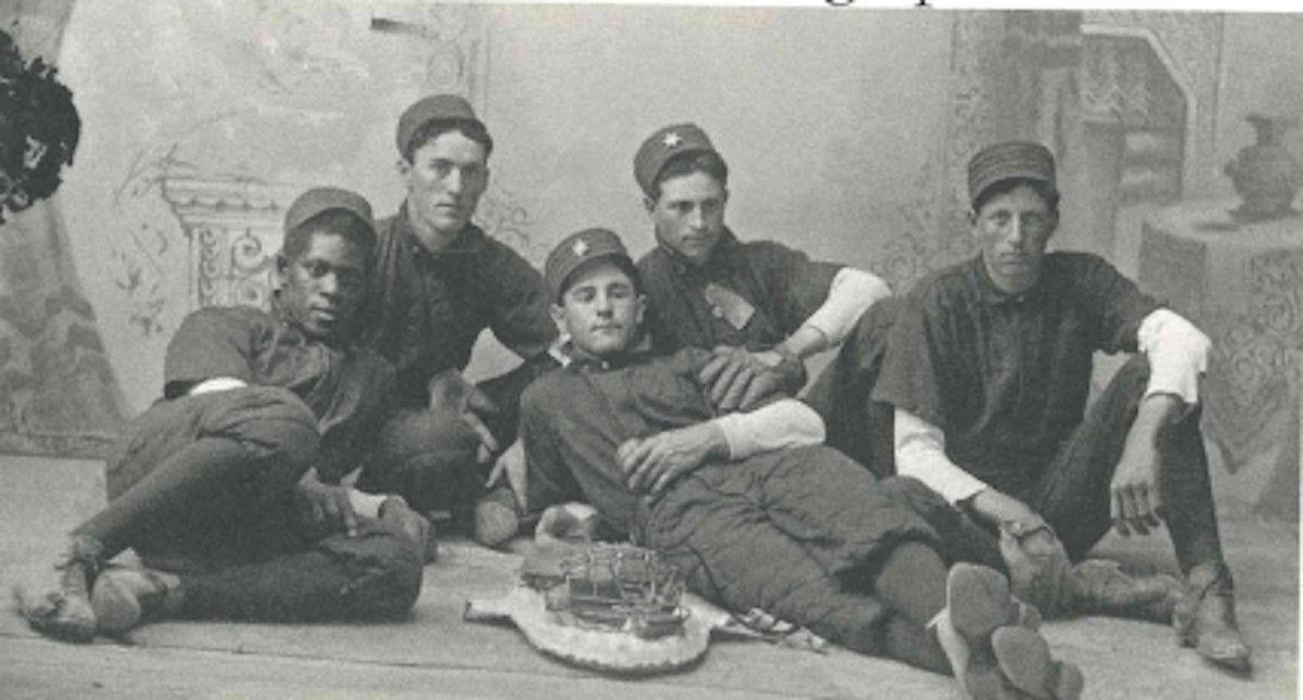 1900 team photo