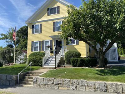 The George Hobbs House, 8 Pine Street : A House History