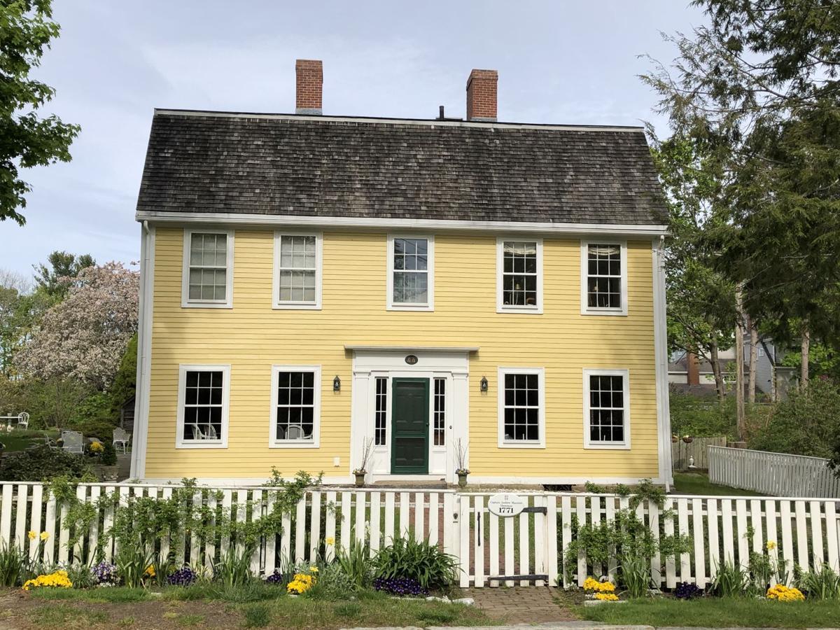 p_4 MHM_Historic House Marker 05_22.jpeg