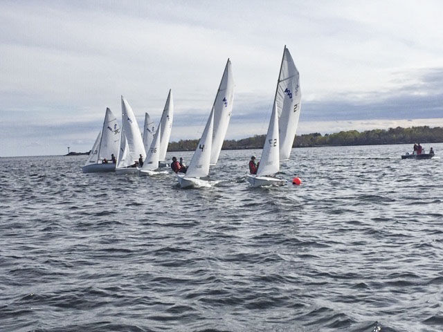 M-E Hornets Sailing Competition Starting Line