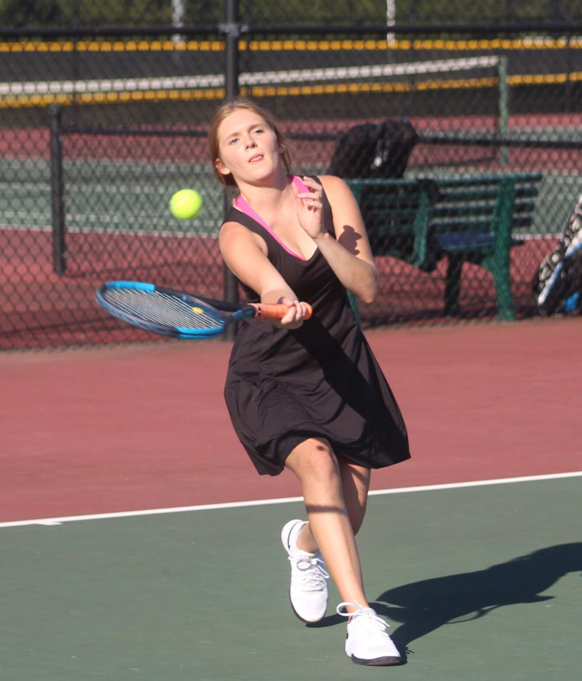 Grace Goldman gets one of Searcy's two victories