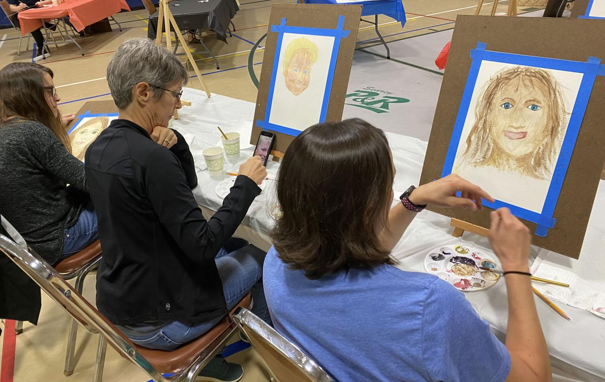 Drawing classes at the Carmichael