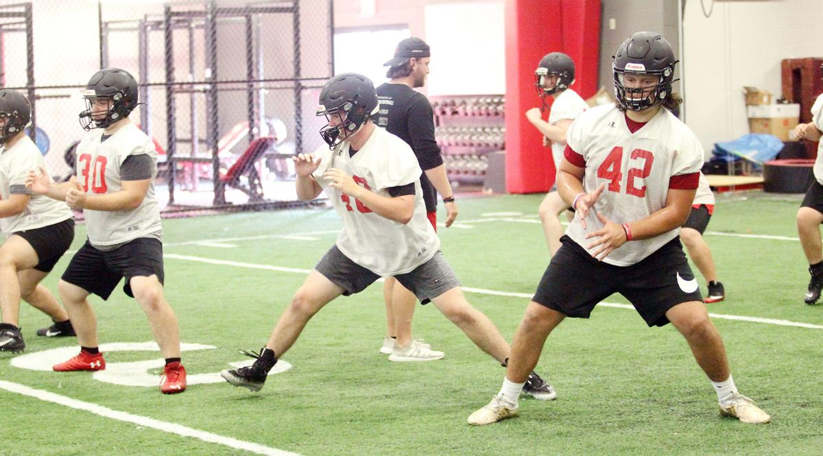 Searcy linemen