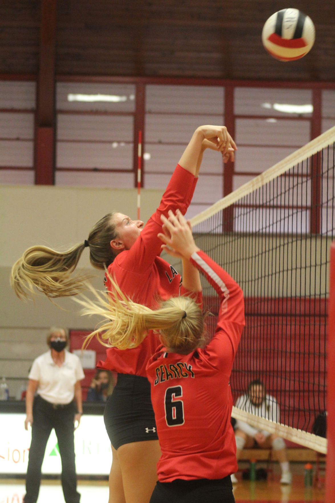 Searcy's Morgan Ripley blocks shot
