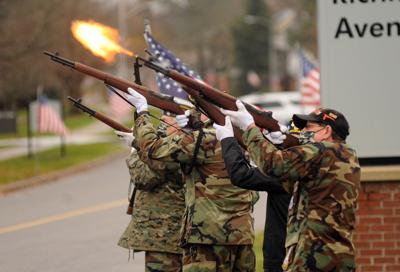 Honor guards needed for National Cemetery