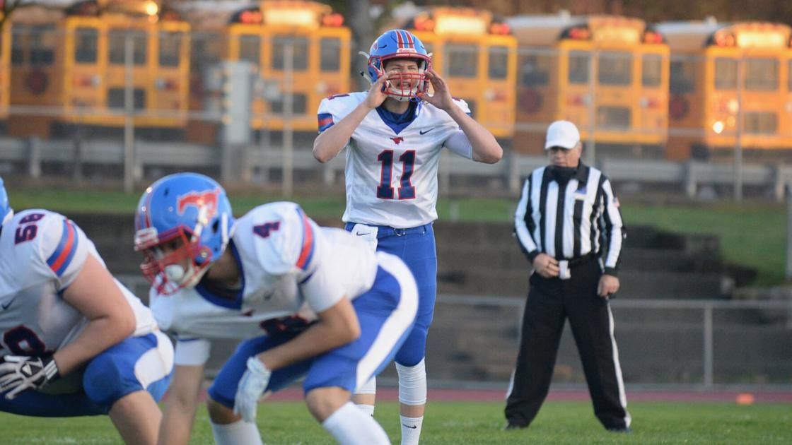 H.S. FOOTBALL: Medina rolls Akron; Mustangs improve to 2-0; Payne, Fry combine for big night