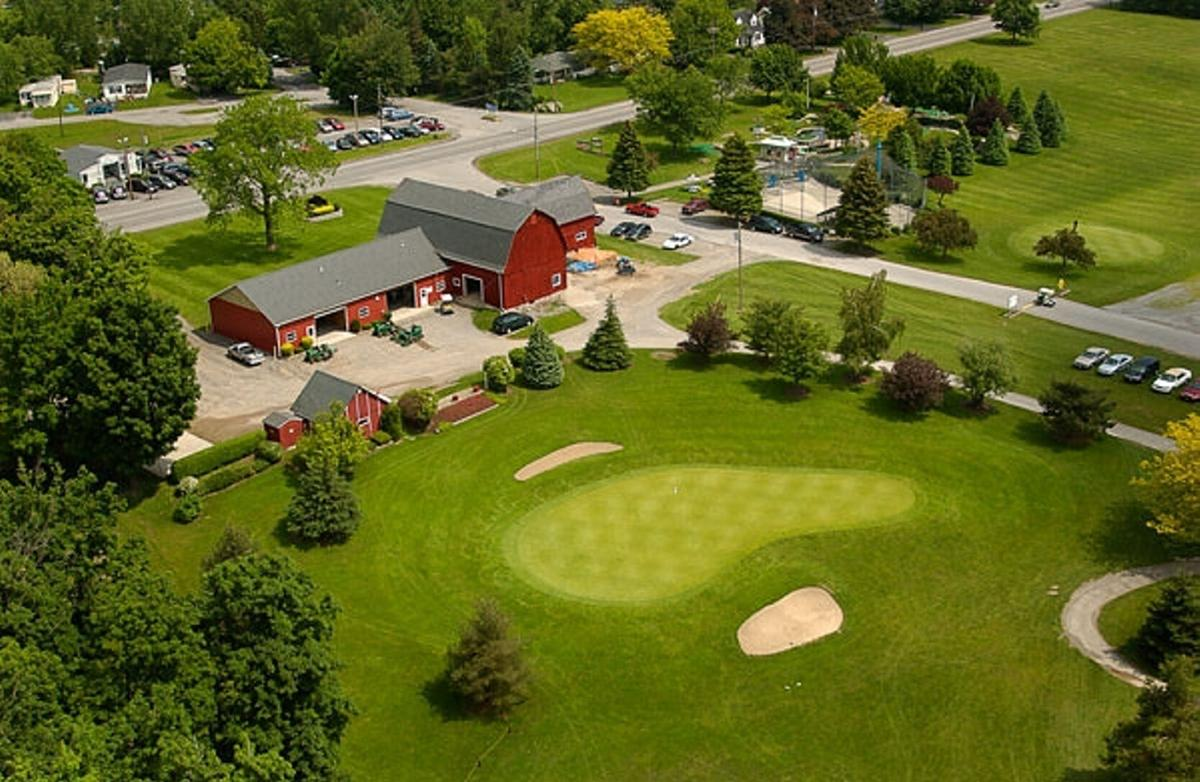 Terry Hills offers outstanding round in great conditions