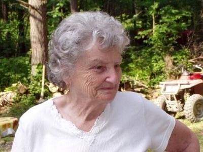 """Lillian B. """"Lil"""" Weaver"""