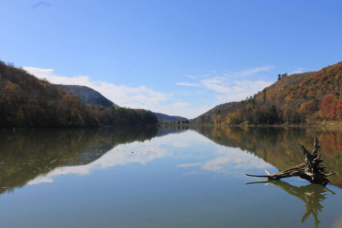 A remote WNY lake to paddle this fall