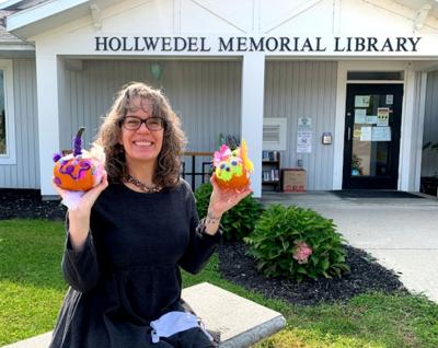 Pavilion library hosts pumpkin decorating contest in October