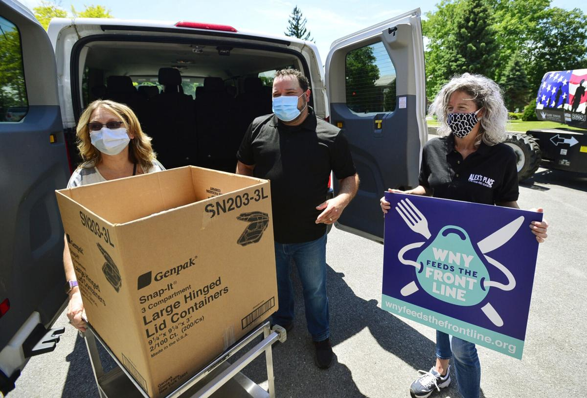 Batavia VA workers get donation of 120 meals