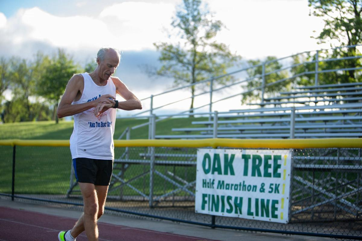 Oak Tree races, with new format, nears finish line