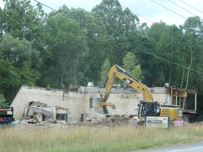 Vacant plant demolished in Warsaw