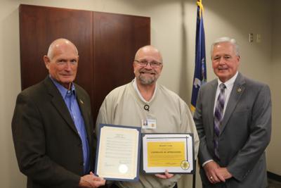 County Sheriff's Office honors 35-year veteran
