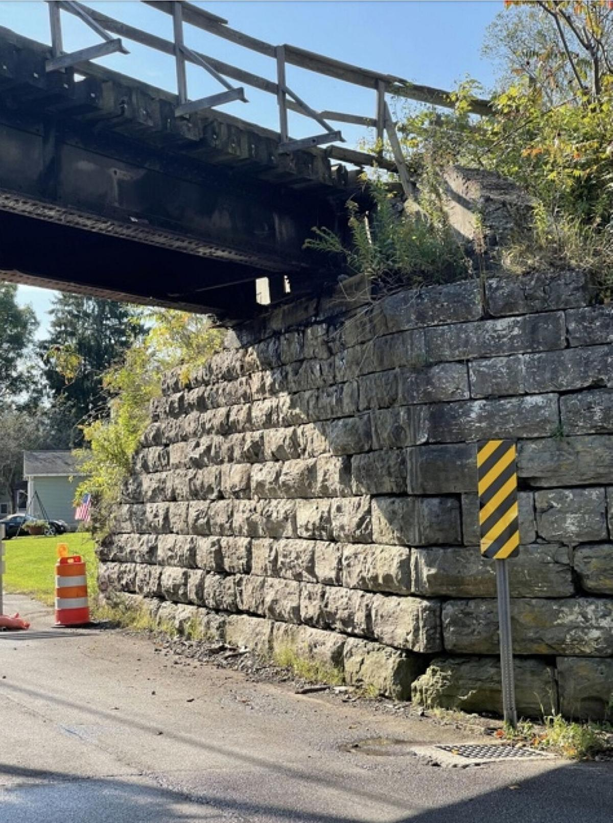 Highway reopens as bridge removed