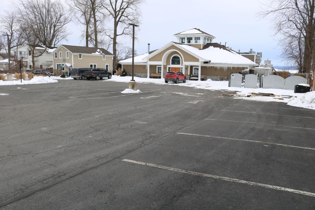 Restaurant closes amid COVID-19 restrictions