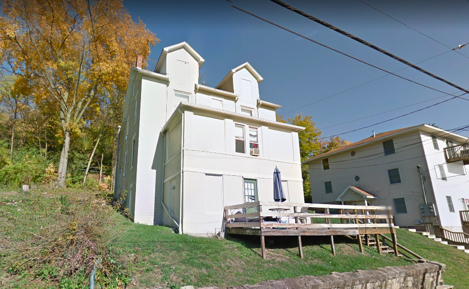400 Beverly Avenue, the location of a May 25 arson in Morgantown. The incident caused approximately $9,479 in damage.