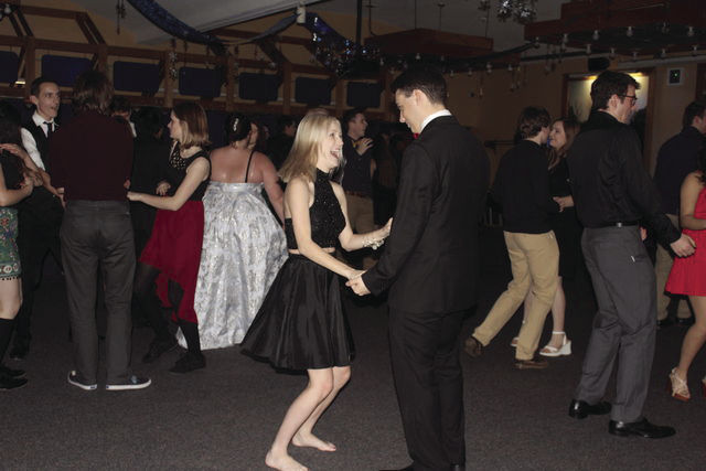students dancing at the snowball